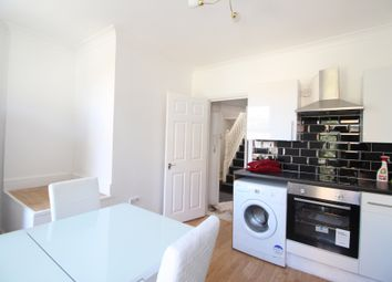 1 bed flat to rent in Barnabas Road, Hackney E9