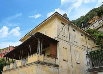 Thumbnail Apartment for sale in Via Besana, 58, 22010 Moltrasio Co, Italy