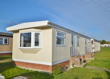 2 bed mobile/park home for sale in Meadowview Park, St. Osyth Road, Little Clacton CO16