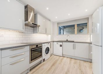 3 bed town house to rent in Charles Court, Dane Place, Bow, London E3