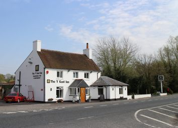 Thumbnail Pub/bar for sale in Hampshire - Close To Basingstoke RG24, Old Basing, Hampshire