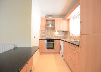 Thumbnail 2 bedroom flat to rent in Kings Ride, Camberley