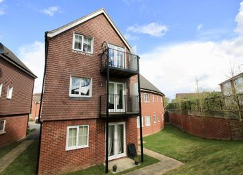 2 bed flat for sale in Hindmarch Crescent, Hedge End, Southampton SO30