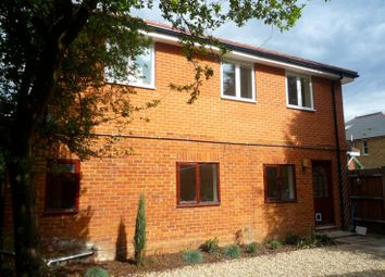Thumbnail 1 bed maisonette to rent in Hersham Road, Walton-On-Thames