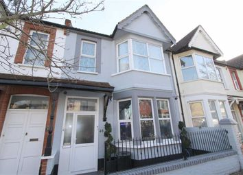 Thumbnail Room to rent in Ramuz Drive, Westcliff On Sea, Essex