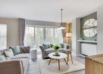 Thumbnail 3 bed flat for sale in Burnside Court, Tunbridge Wells, Kent