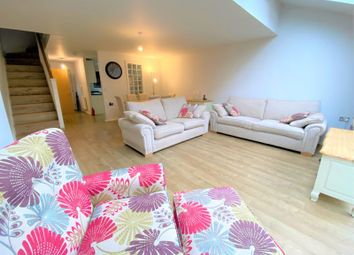 3 bed property to rent in Kempster Gardens, Salford M7