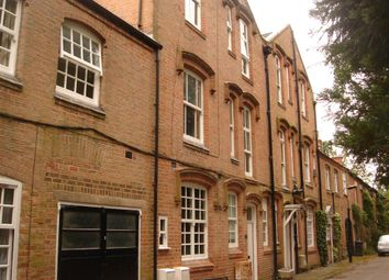 Thumbnail 1 bed flat to rent in Off London Road, Stoneygate, Leicester