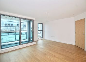 Thumbnail 1 bed flat to rent in High Street, Redhill