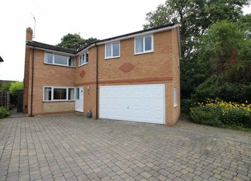 Thumbnail 5 bed detached house for sale in Hollinhurst Avenue, Penwortham, Preston