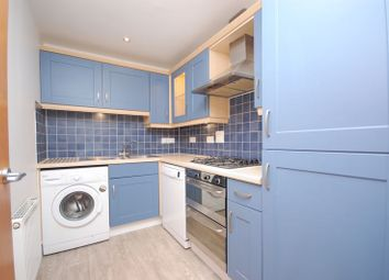 Thumbnail 2 bed flat to rent in Northway, Rickmansworth