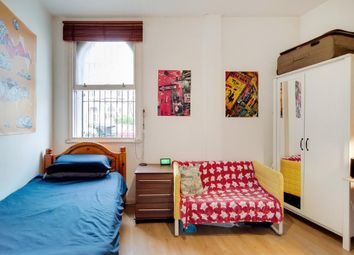 Thumbnail 1 bed flat to rent in Campdale Road, Islington, London