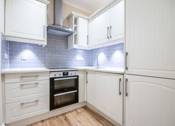 3 bed flat to rent in Sylvan Place, Marchmont, Edinburgh EH9