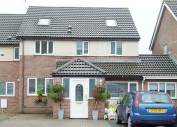 Thumbnail 6 bed terraced house for sale in Greenacres, Barry