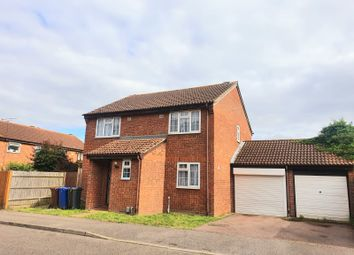 Thumbnail 4 bed detached house to rent in Felcon Avenue, Grays
