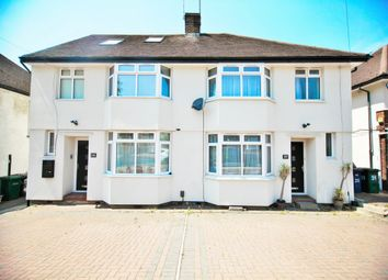 Thumbnail 3 bed flat to rent in Selborne Gardens, Hendon