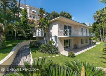 Thumbnail 4 bed villa for sale in Croix Des Gardes, Cannes, French Riviera