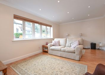 Thumbnail 2 bed flat to rent in Lower Road, Chorleywood