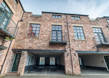 Thumbnail 1 bed flat for sale in Lodge Street, Wardle, Rochdale