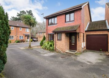 Thumbnail 3 bed link-detached house for sale in Marlborough View, Farnborough, Hampshire