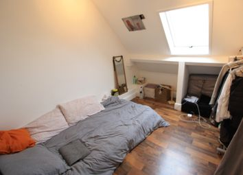 Thumbnail 2 bed flat to rent in Brixton Rd, Brixton