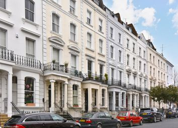 Thumbnail 3 bed property to rent in Arundel Gardens, London