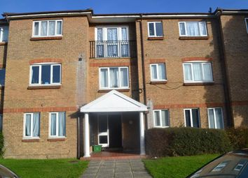 Thumbnail 2 bed flat to rent in Woodgate Drive, Streatham