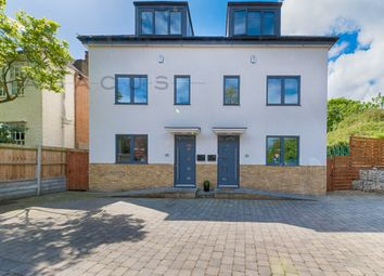 Thumbnail 3 bed flat for sale in Mortlake Road, Kew