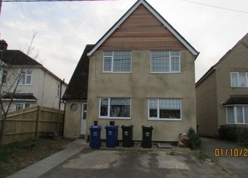 Thumbnail 2 bed flat to rent in Woodstock Road, Yarnton, Kidlington