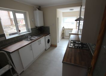 Thumbnail 5 bed terraced house to rent in 36 Liverpool Road, Reading