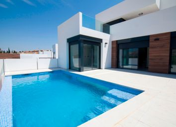 Thumbnail 4 bed villa for sale in La Finca Golf Resort, Algorfa, Alicante, Spain
