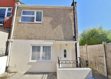 Thumbnail 1 bed flat to rent in Stakes Road, Purbrook, Waterlooville