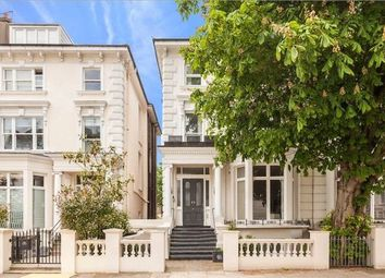 Thumbnail 4 bed flat to rent in Belsize Square, Bethnal Green