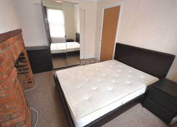 Room to rent in Beresford Road, Reading, Berkshire, - Room 1 RG30