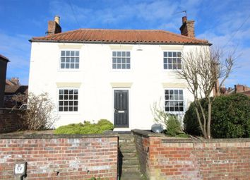 Thumbnail 2 bed link-detached house for sale in Cisterngate, Louth