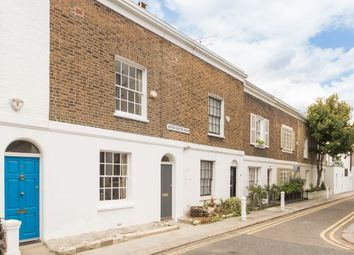 Thumbnail 2 bed property to rent in Upper Cheyne Row, Chelsea