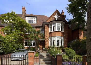 Thumbnail 6 bed property for sale in Rosecroft Avenue, London