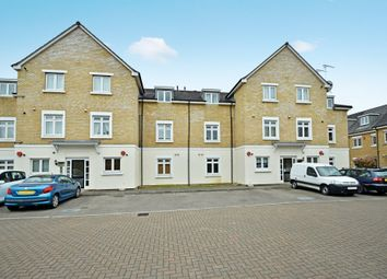 Thumbnail 2 bed flat to rent in Brownlow Close, East Barnet
