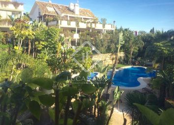 Thumbnail 2 bed apartment for sale in Spain, Costa Del Sol & Marbella, Golden Mile / Marbella Centre, Mrb6273