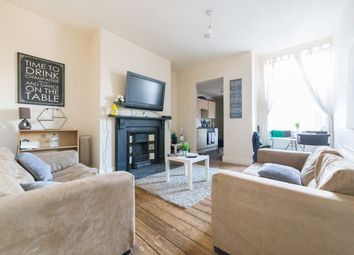 3 bed flat to rent in Warwick Street, Heaton, Newcastle Upon Tyne NE6
