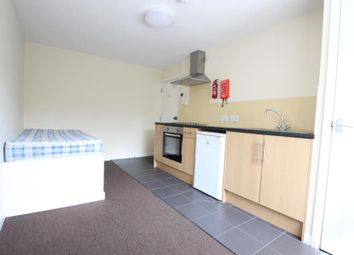 Thumbnail Room to rent in Old Tovil Road, Maidstone