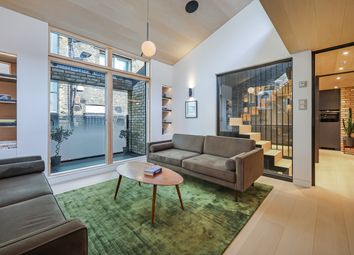 3 bed mews house for sale in Voss Street, London E2