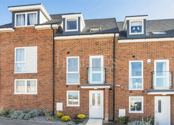 Thumbnail 4 bedroom town house for sale in Oakes Crescent, Dartford