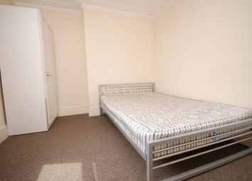 Thumbnail 4 bed flat to rent in Stoke Newington Road, London