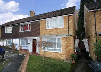 Thumbnail 2 bed property to rent in Thorsden Close, Woking