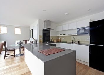 Thumbnail 2 bed flat to rent in Broughton Road, Fulham, London