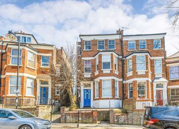 2 bed flat for sale in Hornsey Rise Gardens, London N19