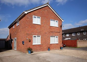 Thumbnail 4 bed detached house for sale in Mandarin Place, Grove, Wantage