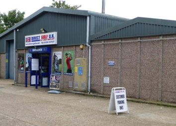 Thumbnail Retail premises to let in Queens Road 5A, Farnborough, Hampshire
