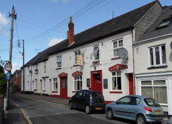 Thumbnail Pub/bar for sale in Park Street, Crediton